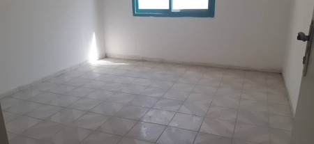 I Have 2Bhk Flat With Balcony Centarl Ac Just 18 For Staff
