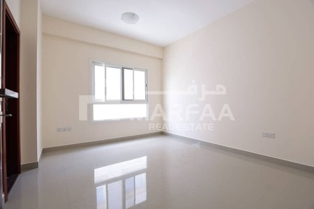2Bhk Family Bldg With Balcony l Parking Free l No Commission