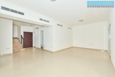 Spacious Two Bedroom Townhouse with Maid's Room