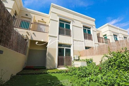 Ready To Move In | Large & Comfortable Townhouse
