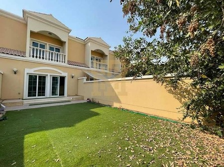 Good Condition| Ready to Move In| Spacious Townhouse