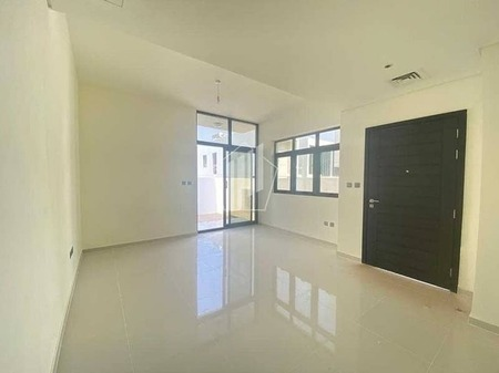 Brand New 3 Br| End Unit | Ready to Move |