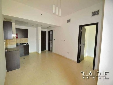 Ready to move in 1 Bedroom with Balcony in Jvc