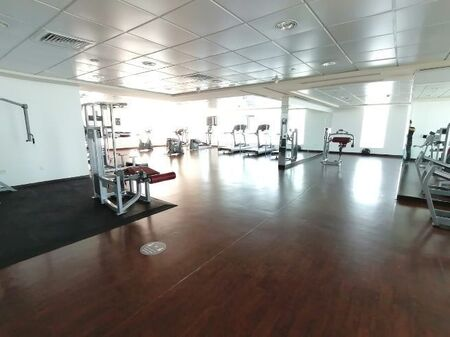 Studio Apartment at Electra street with Gym and Pool