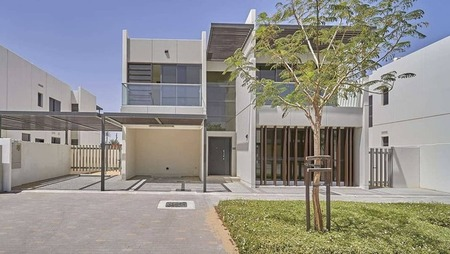 Immaculate Vastu-Compliant Home with Large Layout