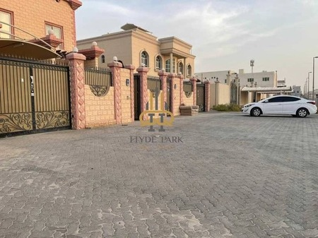 Prime Located 4Bdr With A Negotiable Price