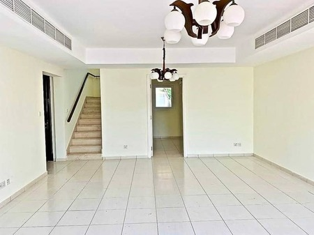 Wel Maintained | 3Br + Study | Back To Back | 140k