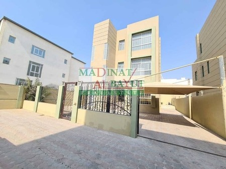 Striking 4 Bed Room Villa With Private Pool & Entrance Awaits In Mbz