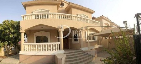 Great 4Br Villa for 155K | Spacious Backyard | Well Maintained