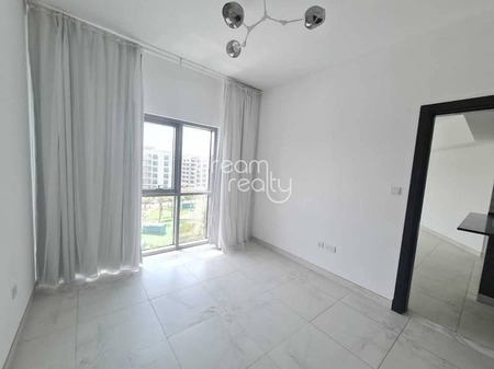 Hot Deal !! One Bedroom With Balcony For Rent In Dubai South With Free Swimming Pool And Gym Just 27000