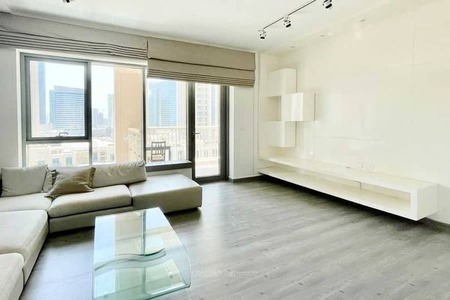Luxury Furnished and upgraded 1 Bedroom For Rent