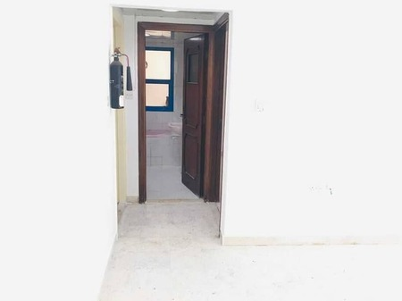 Very Nice 1 Bedroom Hall Apartment Only 36K