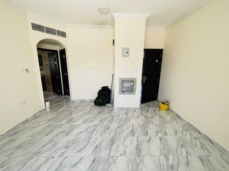Best offer to get quick one bedroom apartment with one month free and central ac