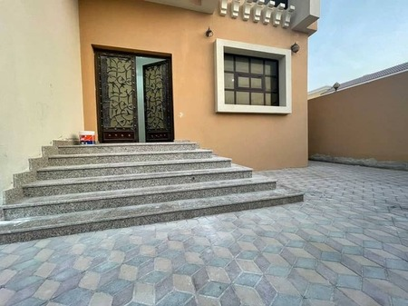 Stunning One Bedroom Hall With Private Entrance In Mbz City