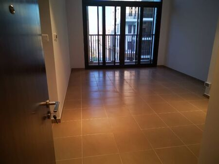 1 Bedroom for rent in Jenna Main Square 2, new with pools view