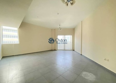 Lavish 2 Master Bedroom With Maid Room And One Car Parking Free