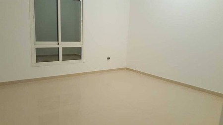 Nice 4 Bedroom Hall with majlis Ideal for Western, South African or posh families