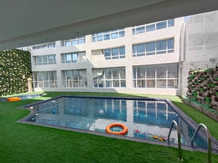Brand New No Deposit Parking Free Spacious 1-Br Rent Only 26k/Yr