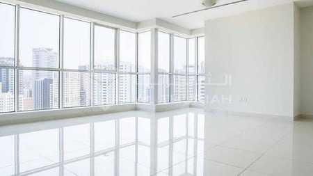 4 Br | Luxurious Apartment with Amazing City View