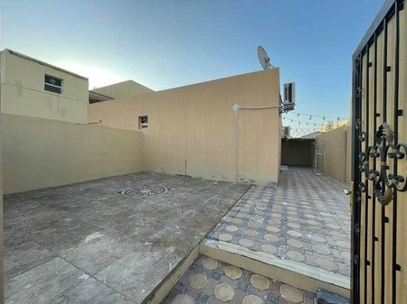 Separate Entrance 3 Bedroom Hall With 2 Bathroom And A Big Private Yard In Al Falah New.