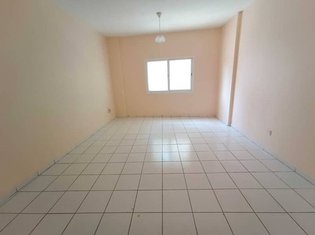 1 Month Free Spacious 2-Br Rent Only 25k/Yr With Balcony