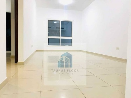 Luxurious 1 Bhk with Balcony Wardrobes front of Metro Bus stop no commassion 2 month free asi free